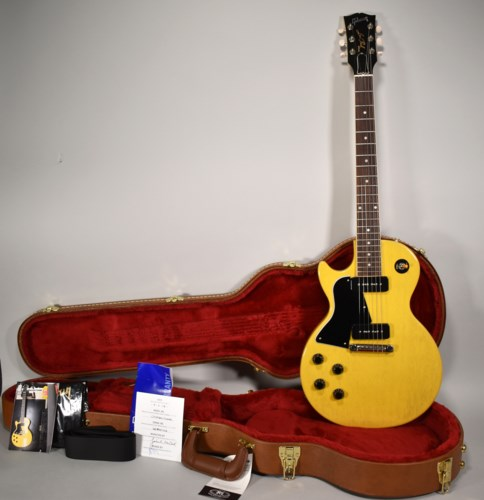 Gibson Les Paul Special Included Accessories